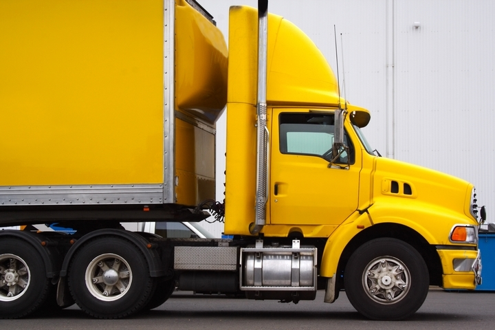 8 Different Types of Trucks for Transporting Goods - The Bellevue